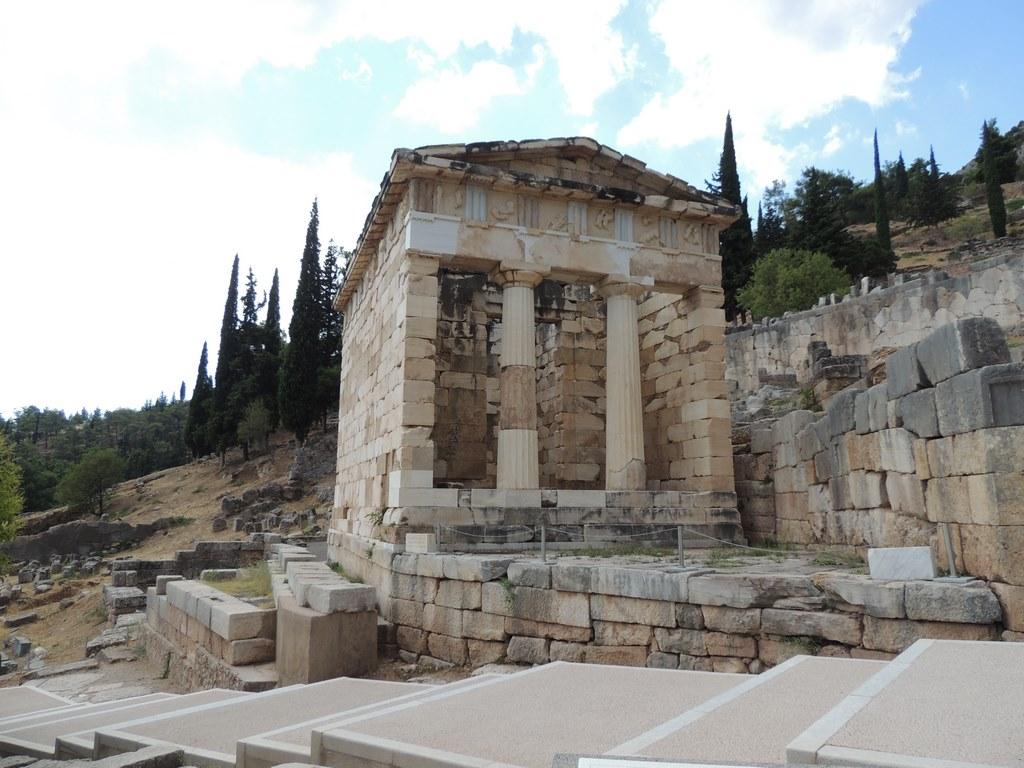 Temple (Copier).JPG