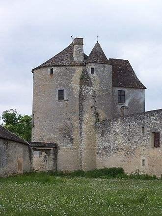 330px-St_Michel_de_Montaigne_Tour03-1.jpeg