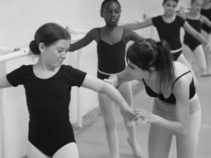 professeur-danse-classique-300x225.jpeg