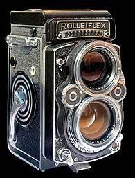 195px-Rolleiflex_camera.jpeg