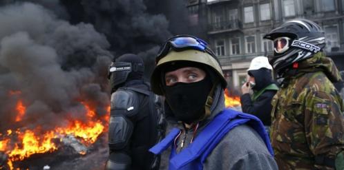 6892620-ukraine-le-pays-se-trouve-au-bord-de-la-guerre-civile.jpeg