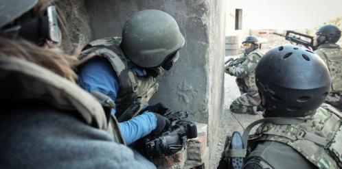 6864621-comment-l-armee-forme-les-reporters-de-guerre.jpeg
