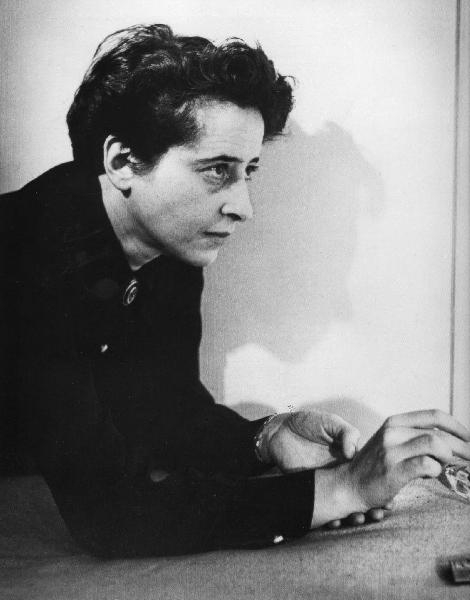 Arendt_a_Paris-1.jpeg