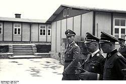 250px-Bundesarchiv_Bild_192-029_KZ_Mauthausen_Himmler_Kaltenbrunner_Ziereis.jpeg