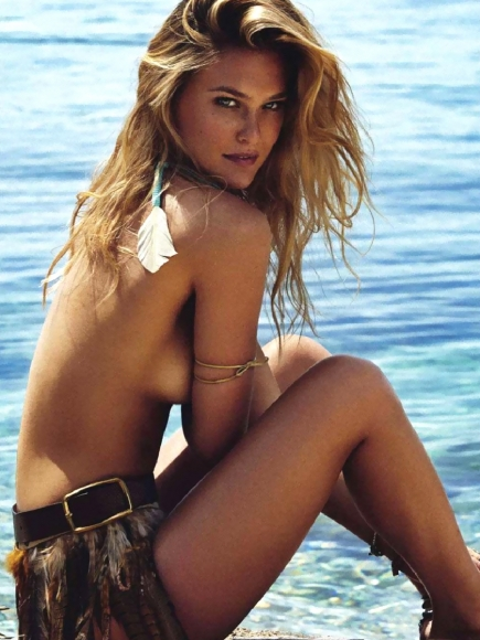 Bar-Refaeli-Covered-Topless-in-Elle-Spain-June-2014-07-cr1400866594886-435x580.jpeg