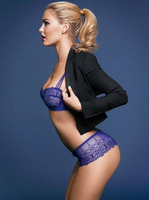 bar-refaeli-passionata-fall-winter-2011-9-523x700.jpeg