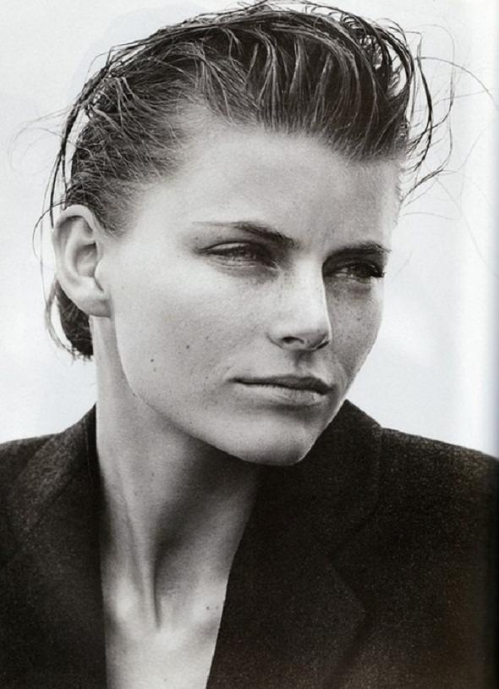 mini-anden-by-peter-lindbergh-19971.jpeg