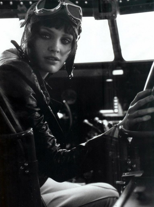 fashion-takes-flight-by-peter-lindbergh-1.jpeg