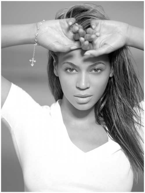 beyoncc3a9-giselle-knowles-carter-photo-peter-lindbergh-iii-2008.jpeg