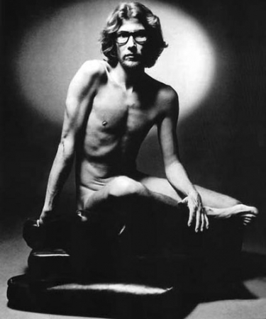 medium_yves_saint_laurent_1971_1_.jpeg