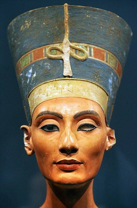 Nefertiti-2.jpeg