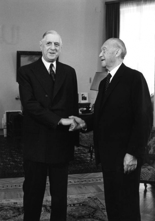 Bundesarchiv_B_145_Bild-F015892-0010_Bonn_Konrad_Adenauer_und_Charles_de_Gaulle.jpeg