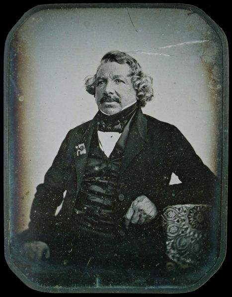 Louis_Daguerre_1844.jpeg