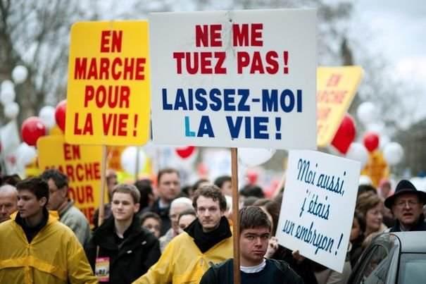 285260_manifestation-anti-avortement-a-paris-le-22-janvier-2012.jpg