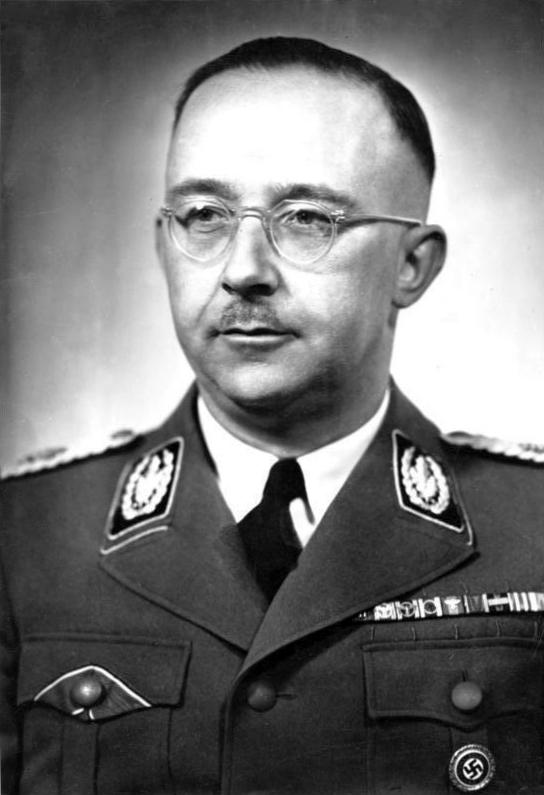 Bundesarchiv_Bild_183-S72707_Heinrich_Himmler.jpg