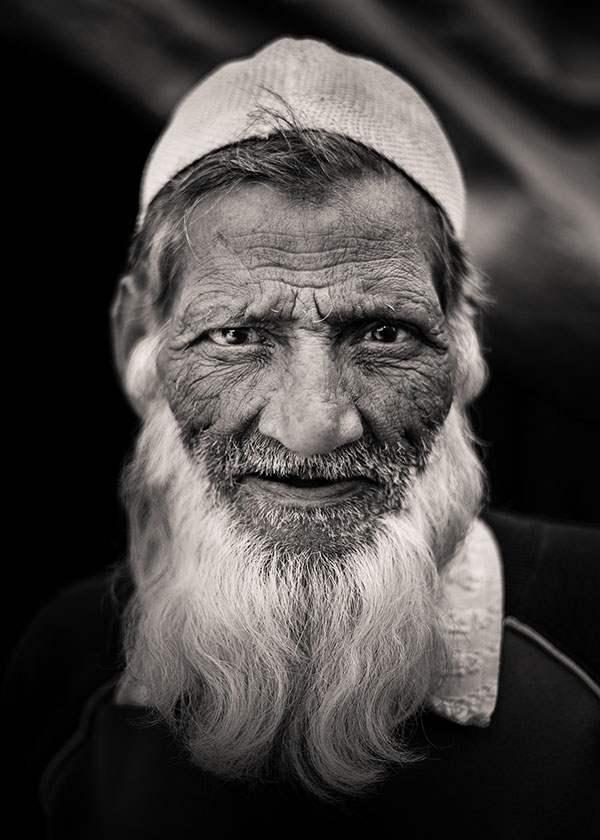 turqman_gate_muslim_05.jpg