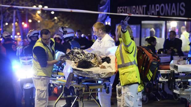 evacuation-blesse-bataclan-attentat-paris-11487487vjpoe_1713.jpg