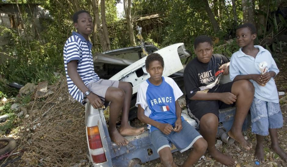 Antilles-Soleil-noir-sur-l-avenir_article_landscape_pm_v8.jpg
