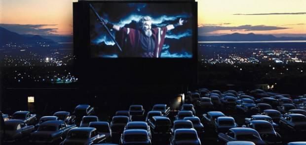 cinéma-drive-in-au-grand-palais-620x295.jpg