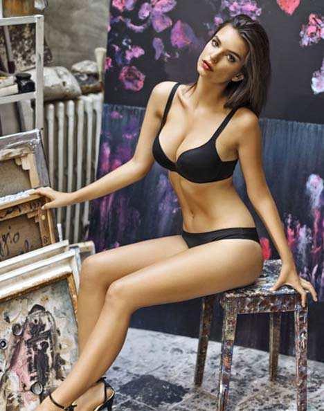 Emily-Ratajkowski-Yamamay-Lingerie-2014-04.jpg