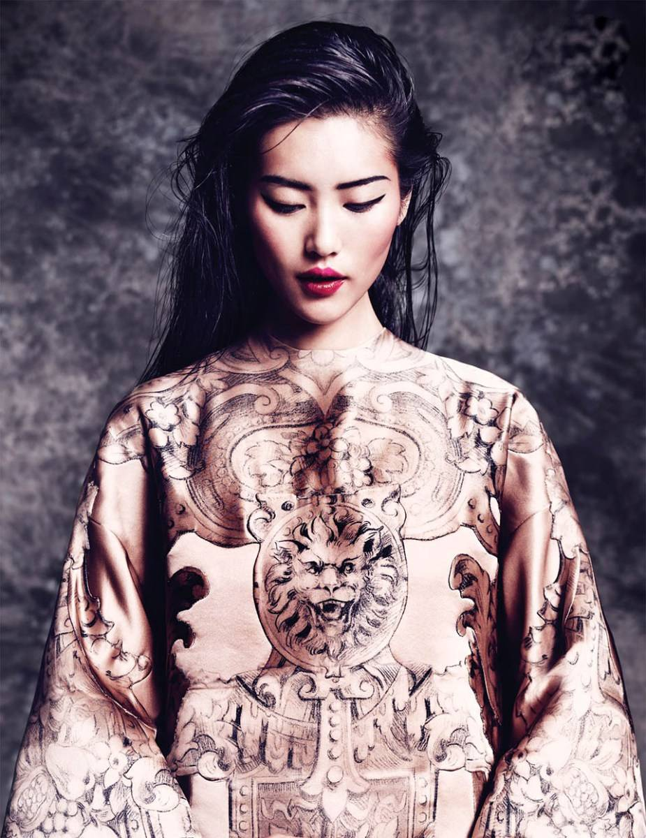 liu-wen-by-marcin-tyszka-for-vogue-thailand-october-2013-6.jpg