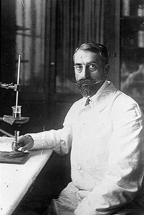 Ernest_Fourneau_(Institut_Pasteur).jpg