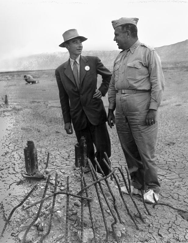 617px-Trinity_Test_-_Oppenheimer_and_Groves_at_Ground_Zero_002.jpg