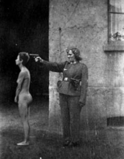 SS-Guard-Woman.jpg