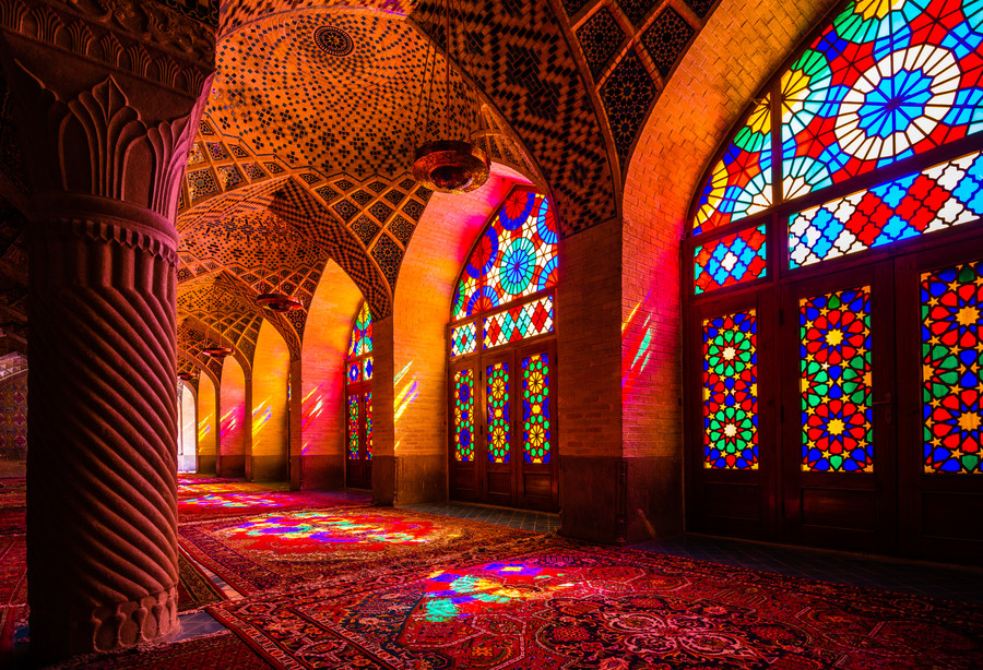 mosque-rose-Nasir-Ol-Molk.jpg
