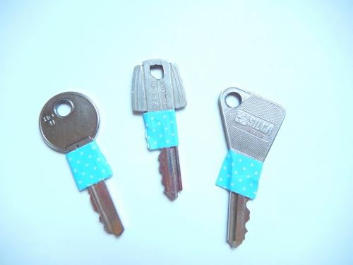 Coller du masking tape sur vos clés