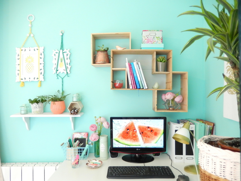 mes essentiels pour organiser mon bureau mon carnet d co diy organisation du quotidien. Black Bedroom Furniture Sets. Home Design Ideas