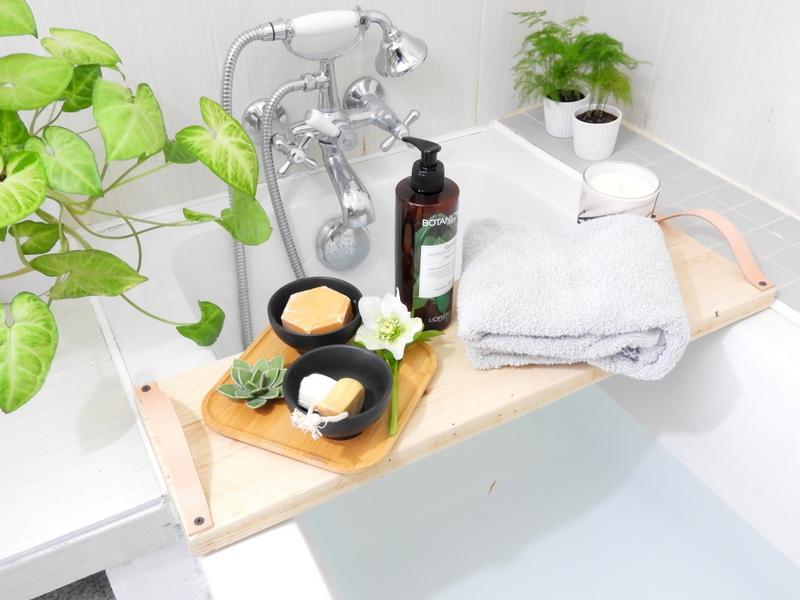 diy plateau de baignoire bois et cuir
