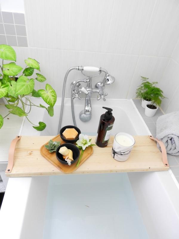 diy plateau de baignoire bois et cuir 4