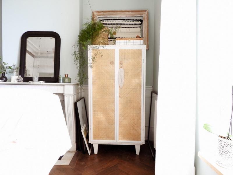 avant après mon armoire customisée avec du cannage