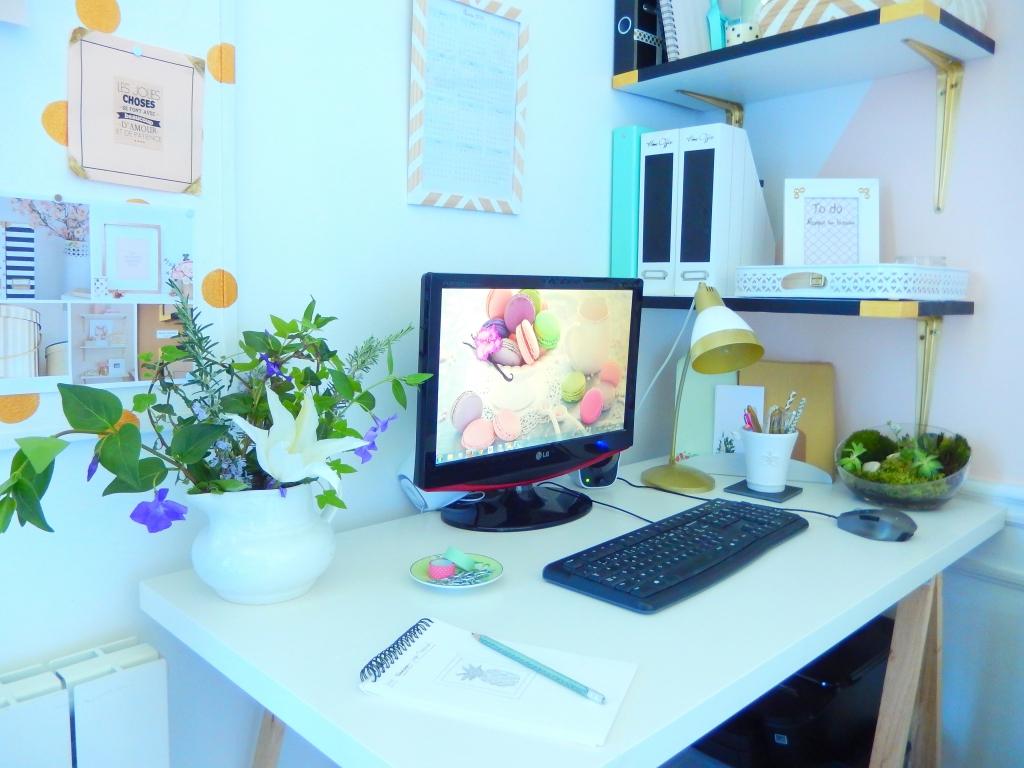 vous venez visiter mon bureau mon carnet d co diy organisation du quotidien d coration et. Black Bedroom Furniture Sets. Home Design Ideas
