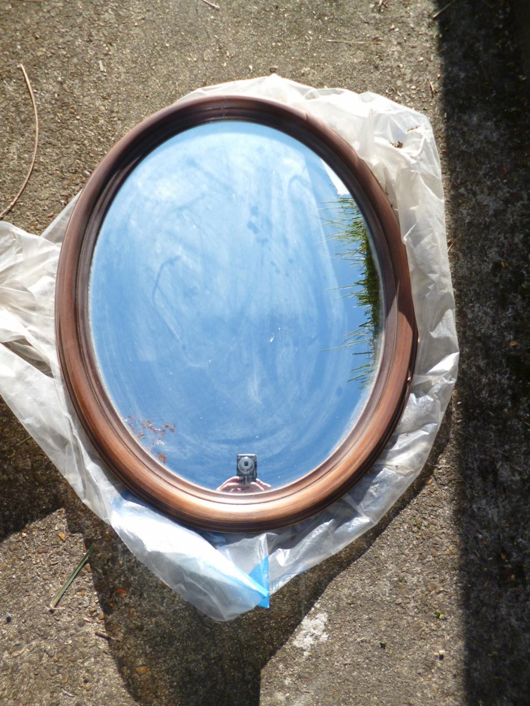 diy customiser un miroir classique en miroir romantique mon carnet d co diy organisation du. Black Bedroom Furniture Sets. Home Design Ideas
