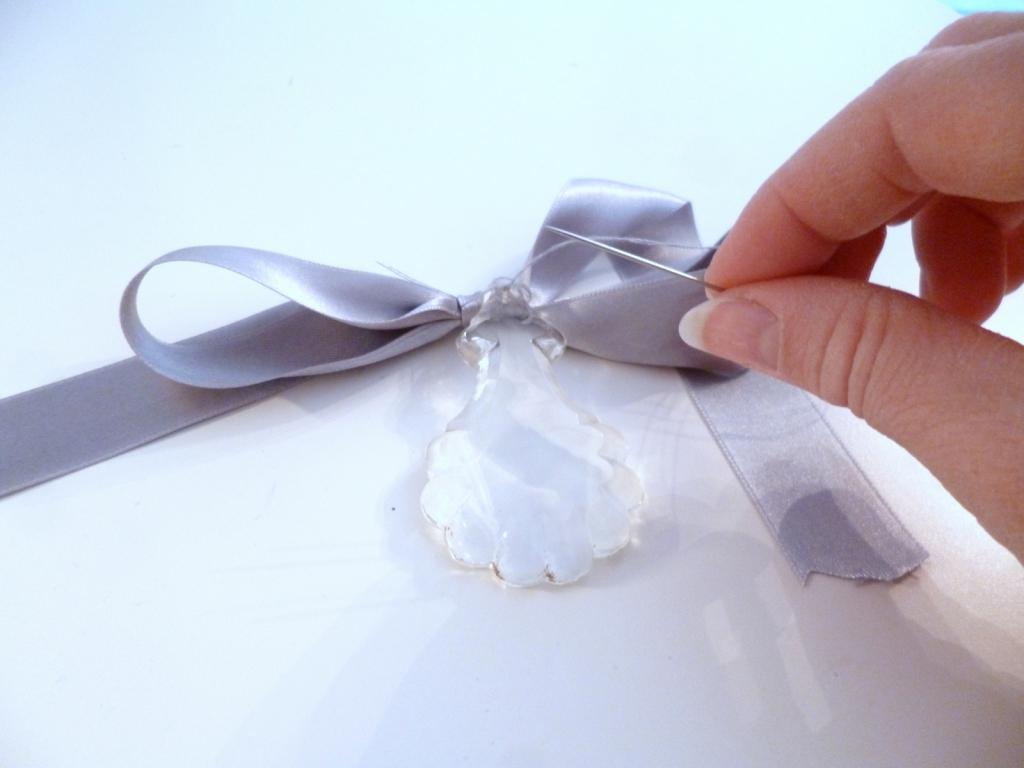 Customiser Un Cadre De Miroir diy: customiser un miroir classique en miroir romantique