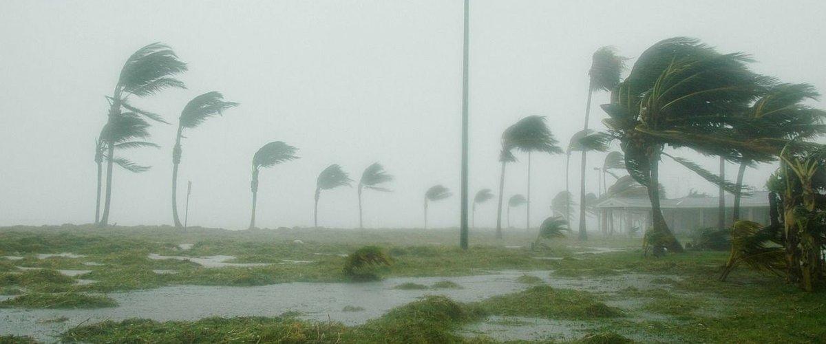Ouragan Leslie.jpg