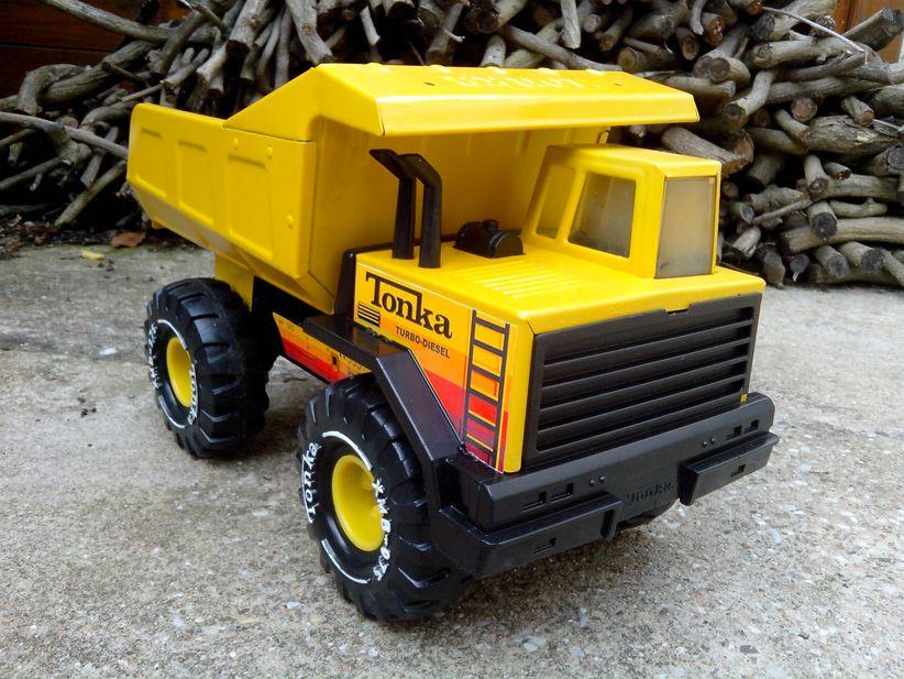 Tonka camion benne mighty tonka r novation - Camion benne tonka ...