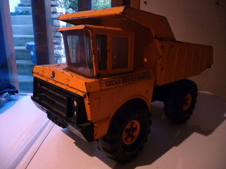 Tonka camion benne hydraulic tonka r novation - Camion benne tonka ...