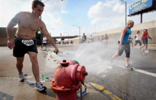 648x415_marathonsous-chaleur-caniculaire-chicago-7-octobre-2007.jpg