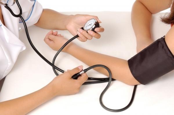mesurer-pression-arterielle.jpg