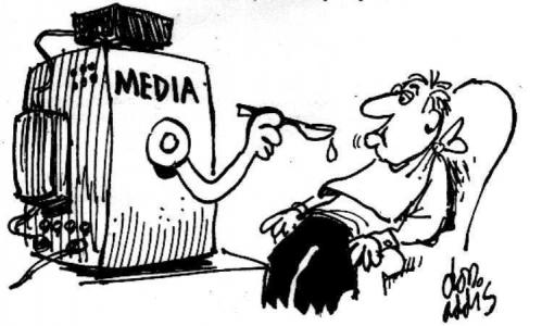 1409833768media-spoonfeeding-cartoon    dessin humouristique  les médias te nourrissent.jpg