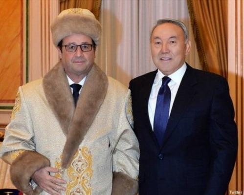 2119542_pic_970x641    hollande en manteau kazakh.jpg