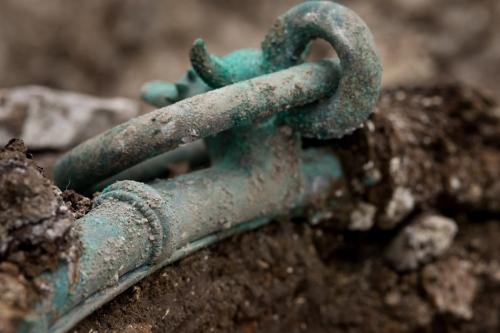 les-fouilles-de-l-inrap-doivent-s-achever-fin-mars-les_1330566_1200x800.jpg