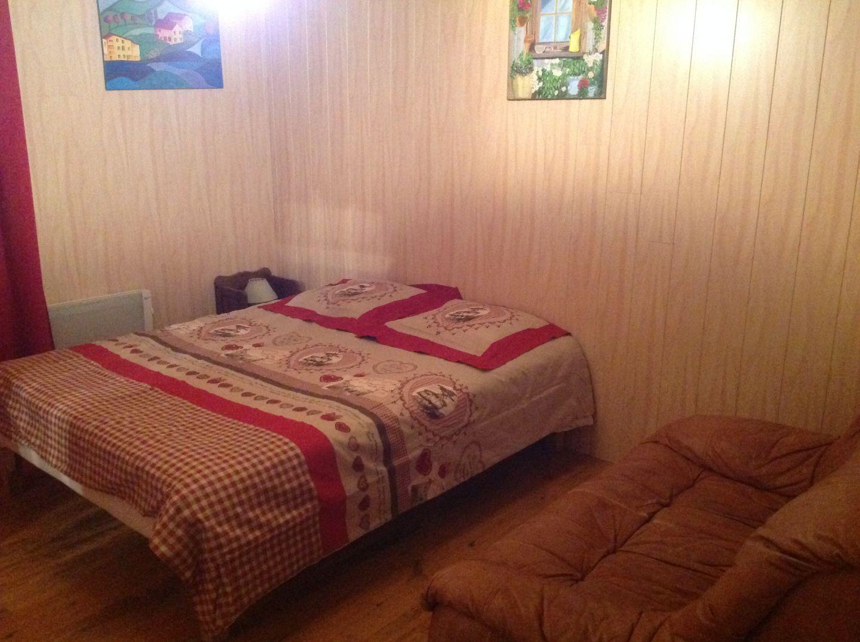 Chambre parentale lit 160 au premier niveau avec salle d for Lit chambre parentale