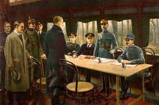 320px-Armistice_du_11_novembre_1918_à_Rethondes.jpg