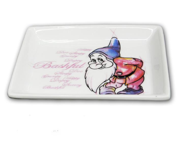 Créateur: Egan Composition: céramique Convient pour le lave-vaisselle Référence: PWS95R/MA Prix: 8,50€