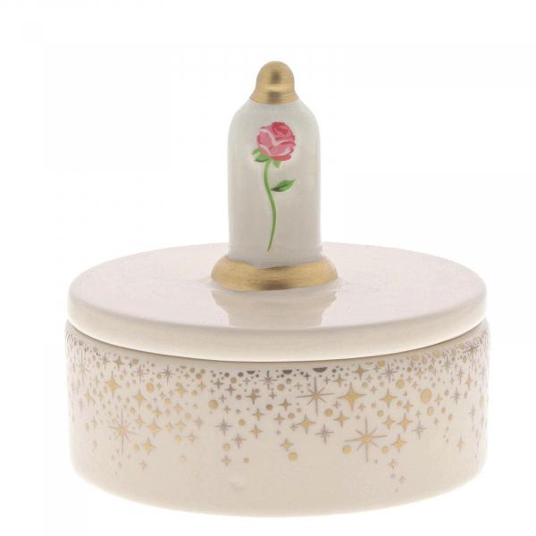 Collection: Enchanting Composition: Porcelaine Hauteur: 10,5 cm Référence: A29377 Prix: 20€