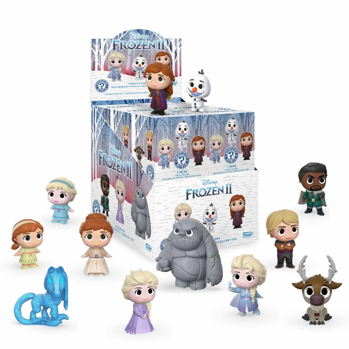 Collection très sympa de minis figurines présentant les personnages du dessin animé La Reine des Neiges 2. Les boîtes sont fermées hermétiquement, sans aucune chance de deviner le personnage qui se cache à l'intérieur... Il faut donc jouer le jeu ;) Composition: Vinyle Hauteur: 5 cm Référence: FK40908 Prix: 10€